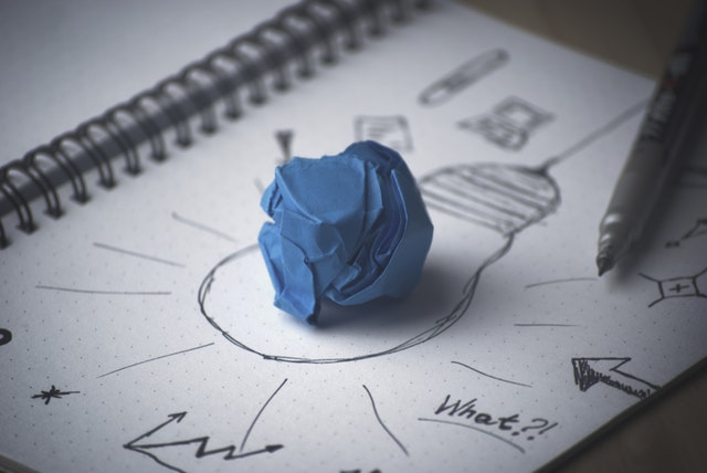 pen-idea-bulb-paper-1