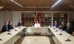 Juntos con la Hostelería plantea los retos del sector a la presidenta de la Comunidad de Madrid