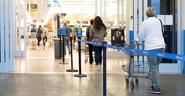 FOTO-3_Walmart-one-way-aisles-coronavirus